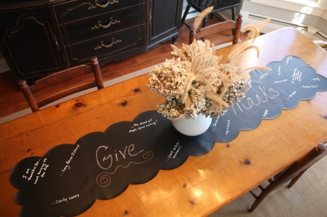 Give Thanks Table with Runner